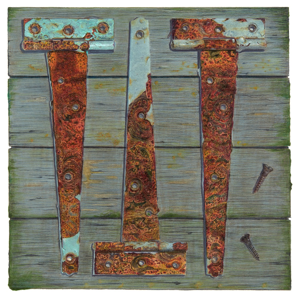 3 Rusty Hinges